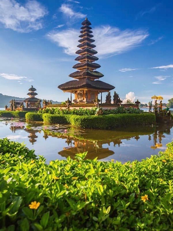 Goway - Bali - pura ulun danu temple bedugul tanah lot tour
