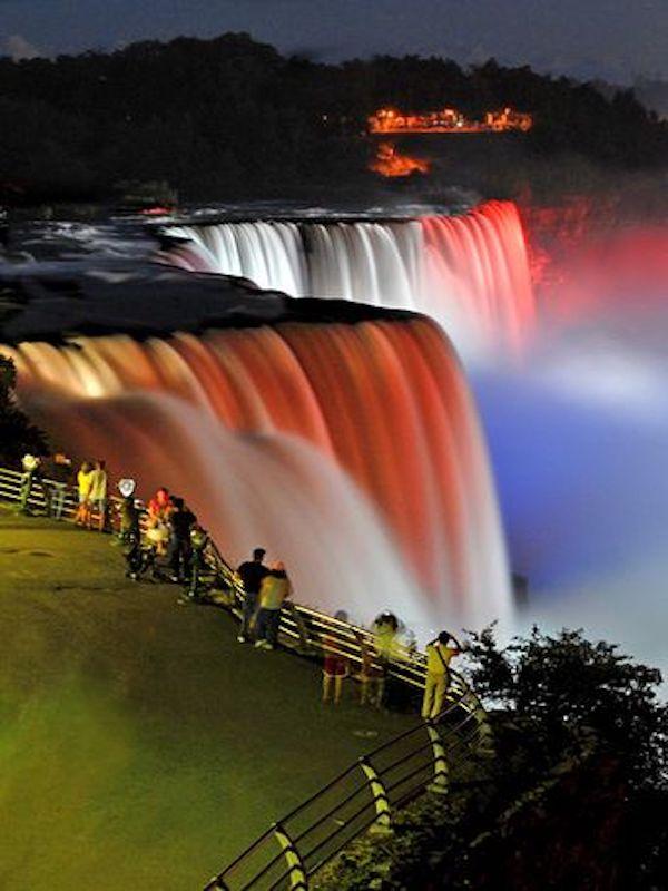 Local Tours Ontario - Niagara Falls at Night - Total Advantage Travel