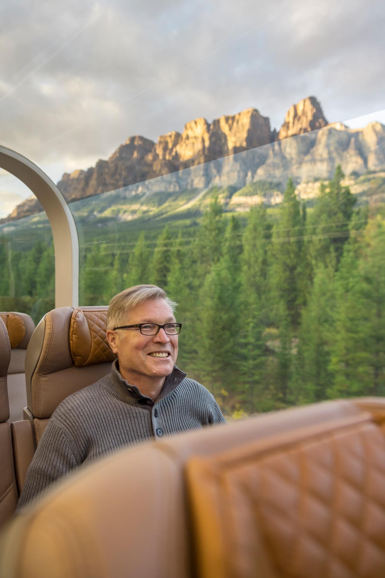 Onboard GoldLeaf Service - Canadian Rockies